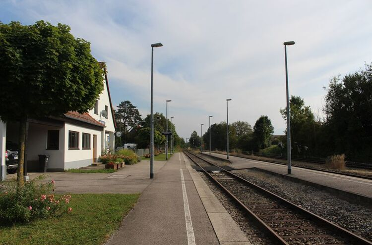 1laufenbahnhof