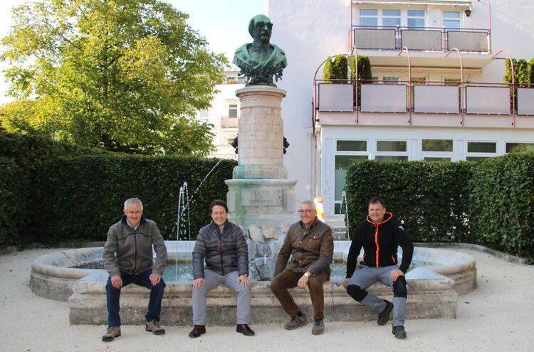 Bismarckbrunnen Sprudelt Wieder Stadt Bad Reichenhall