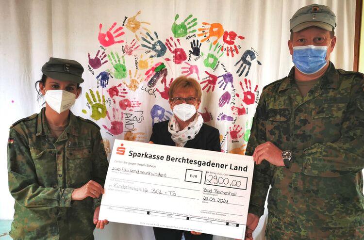 Gebirgsjaeger Spenden Kinderkrebshilfe