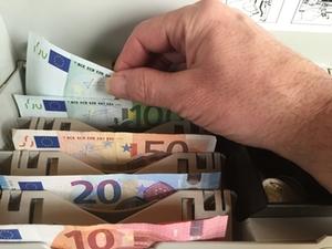 Geld-Kasse