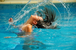 schwimmbad-symbolbild-1