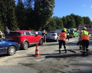 Unfall mit mehreren Fahrzeugen