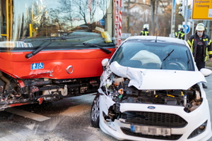 Unfall mit Linienbus